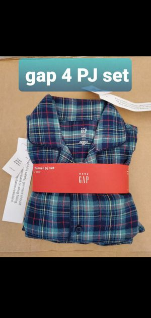 Baby gap size 4 green blue flannel pajamas NEW for Sale in Falls Church, VA