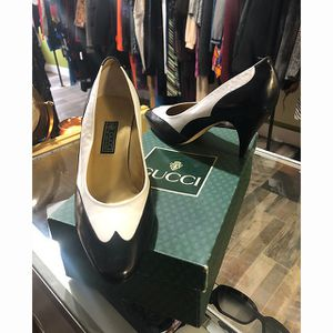Gucci Vintage Spectator Pumps Size 37.5 Never worn Sold With Original Vintage Gucci Shoe box for Sale in Cornwall, NY