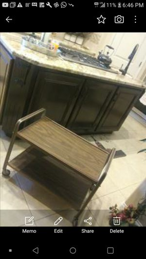 Table in very good condition for Sale in Bakersfield, CA