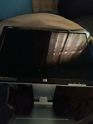 Hp computer monitor cost over $200 sell for $20 no use for it for Sale in Glen Burnie, MD