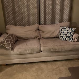 Couch for Sale in Ridgefield, WA