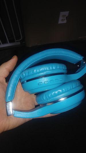 Bluetooth headphones for Sale in Sumner, WA