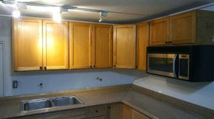 Trailer has four separate apartments revenue of over $2,000 a month profit for Sale in Miami, FL