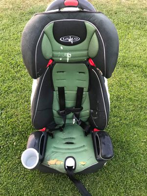 Kids car seat as is FIRM PRICE NO DELIVERY CASH OR TRADE FOR BABY FORMULA for Sale in Los Angeles, CA