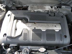02 Hyundai Elantra - PARTS for Sale in Tampa, FL
