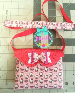 Hello Kitty childs purse for Sale in Austin, TX