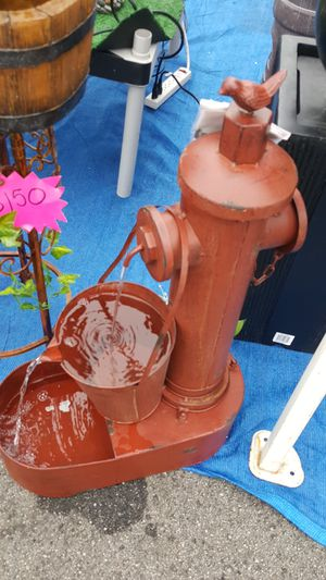 Fire hydrant style fountain for Sale in Maywood, CA