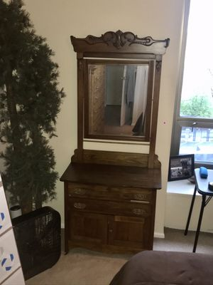 Antique Wash Stand incredible condition!! for Sale in Chicago, IL