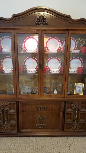 Antique China cabinet for Sale in Canonsburg, PA