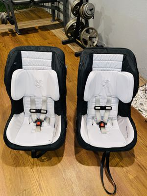 Orbit baby toddler car seat g3 new condition for Sale in Santa Ana, CA