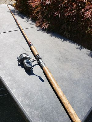 Vintage fishing pole with Zebco reel for Sale in Federal Way, WA