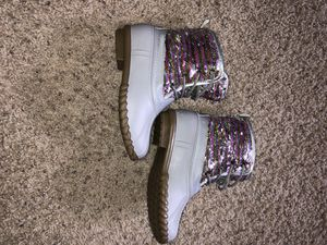 Rain snow boots size 4 kids 6 women's for Sale in Fort Worth, TX