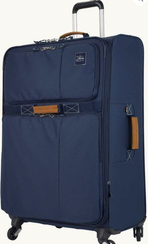 """New never used 28"""" lightweight suitcase by Skyway for Sale in Virginia Beach, VA"""