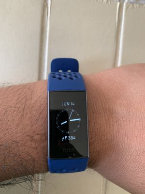 fitbit charge 3 for Sale in Strongsville, OH