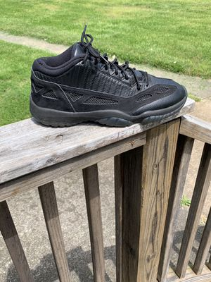 Men's Jordan 11 low size 10.5 for Sale in King, NC