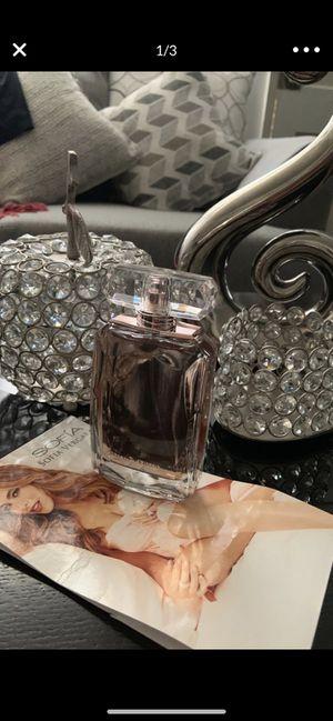 Perfume nuevo Sofia vergara 3.4 for Sale in Upland, CA