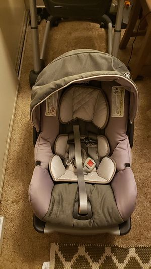 CHICCO Keyfit car seat for Sale in San Carlos, CA