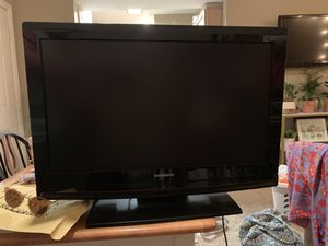 "26""x17"" TV with DVD Player for Sale in Dallas, TX"