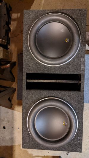 2 JL Audio 12w7AE subs in ported box for Sale in Parma, OH