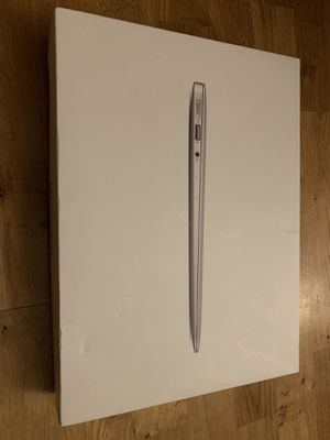 """MacBook Air 13"""" - Core i7 2.2GHz mint condition for Sale in Seattle, WA"""