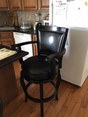 2 Brand New Swivel Bar Stools. Must sell. Getting Dinette. $325. for Sale in New Brunswick, NJ