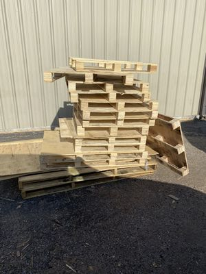 Free Pallets: Pick-up at Any Time for Sale in Houston, TX