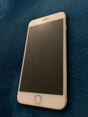 Iphone 7plus for Sale in Riverside, CA