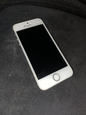 iPhone 5s 16gb LIKE NEW- unlocked/clean IMEI for Sale in Bristol, PA