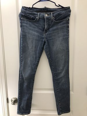 Pants (size: 27, brand: Levi's) for Sale in Sunnyvale, CA