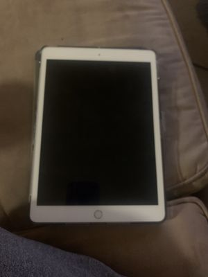 iPad 7 brand new for Sale in MONTGOMRY VLG, MD