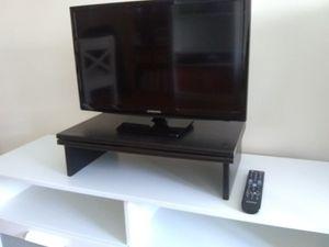 SAMSUNG TV for Sale in Franklin Square, NY