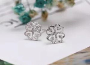 925 silver flower stud earrings for Sale in Rowland Heights, CA