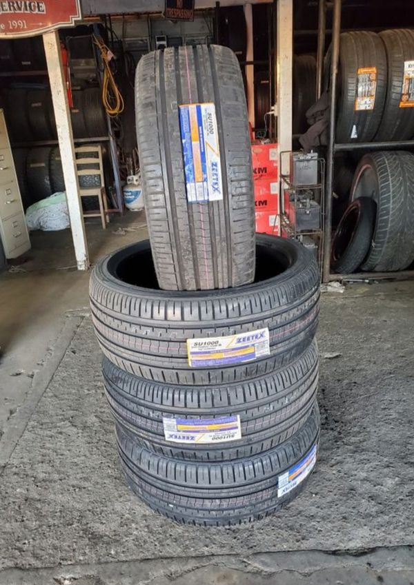 265/35/22 new tires for $420 with balance and installation we also finance {contact info removed} Dorian 7637 airline dr houston TX 77037