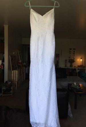 Beautiful backless spaghetti strap wedding dress for Sale in Pittsburgh, PA