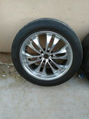 SPARE TIRE FIT CHEVYS SIERRAS TOYOTAS H3 AVALANCHE SILVERADO YUKON TAHOE ESCALADE SIERRA GMC for Sale in Las Vegas, NV