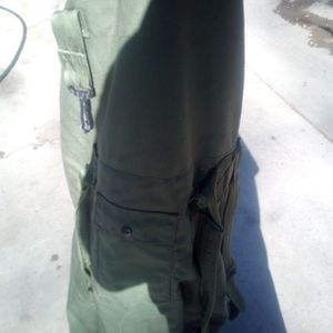 ARMY DUFFLE BAG for Sale in Riverside, CA