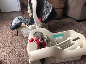 Graco car seat for Sale in Springfield, OR
