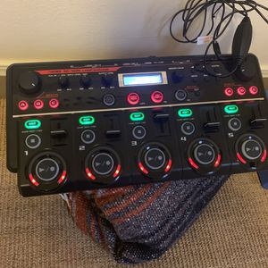 BOSS RC-505 Loop Machine for Sale in Tacoma, WA