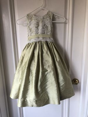 US Angels size 4 floor length formal dress for girls for Sale in Beverly Hills, CA