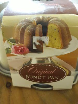 Nordic Ware Original Bundt pan for Sale in Yelm, WA