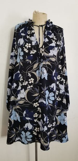 Black and blue floral dress size 4 for Sale in Upland, CA