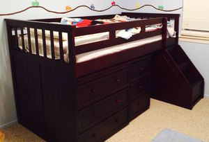 Barely used Kids Toddler Bed/ Desk w/ drawers for Sale in Temecula, CA
