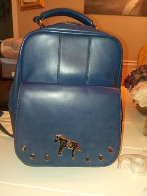 Super cute backpack (Not Leather) for Sale in Lawrenceville, GA