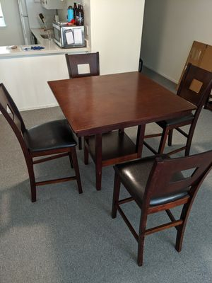 Kitchen table and chairs (4) for Sale in San Francisco, CA