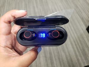 Wireless earbuds for Sale in West Palm Beach, FL