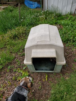 Dog House for Sale in Elyria, OH