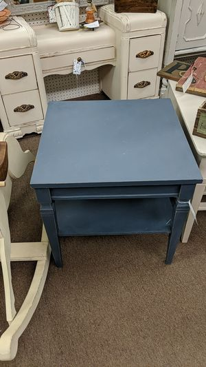 Dark Grey End Table for Sale in Mesa, AZ