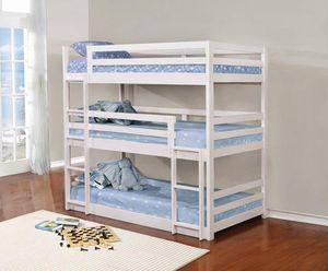 Triple bunk bed for Sale in Pembroke Pines, FL