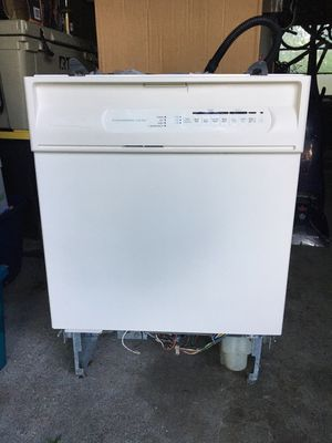 Maytag dishwasher. for Sale in Swatara, PA