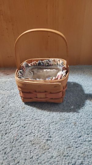 Longaberger basket for Sale in Bonney Lake, WA
